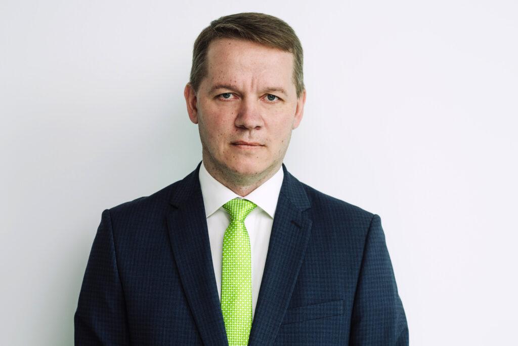 Janek Minnik onHover
