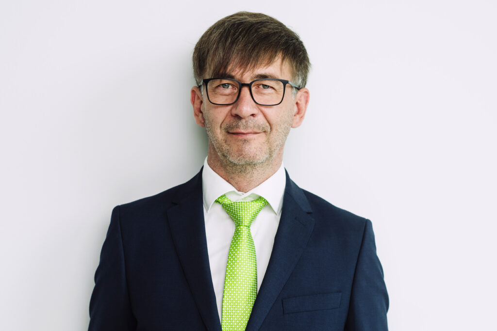 Lauri Riiner onHover